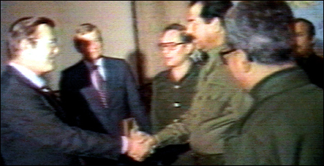 Rumsfeld_saddam_1